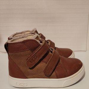 UGG TODDLERS' RENNON II BOOT (1104989T) Size 8